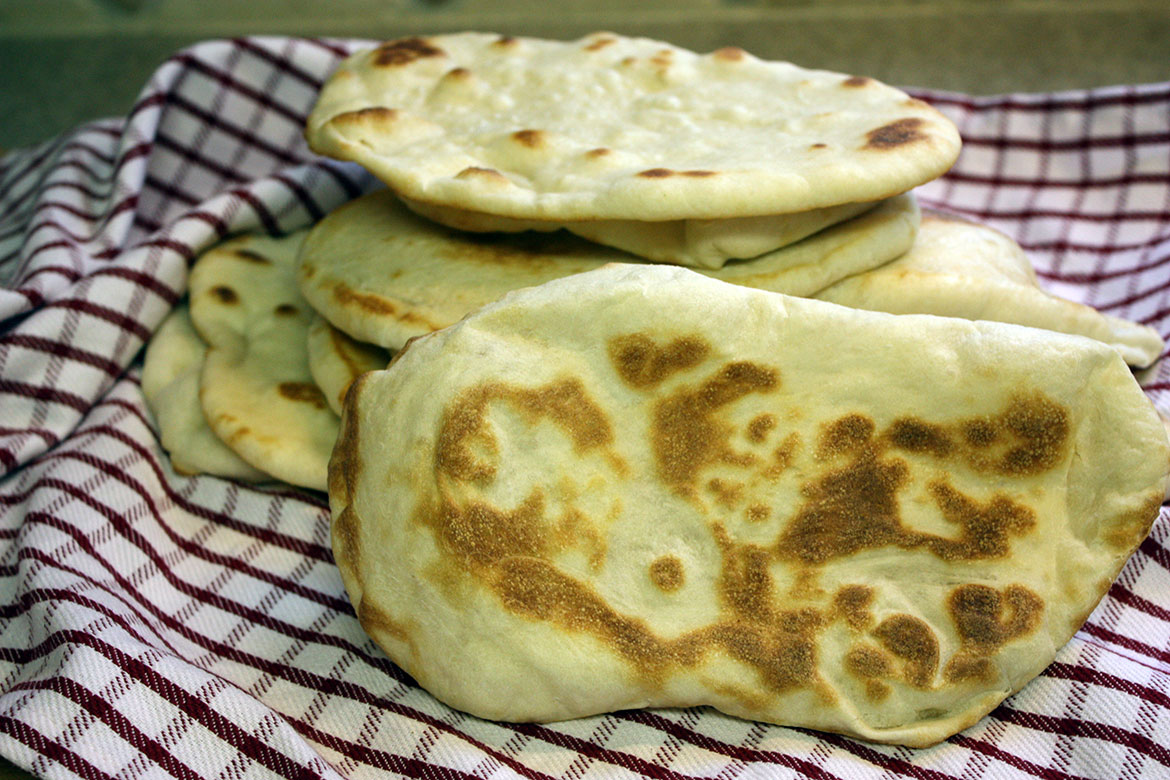 Homemade Naan Flatbread - How to make Naan at home, easy peasy!