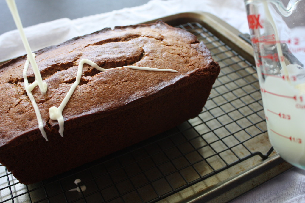 Full of Fall flavors, moist and so scrumptious Apple Butter Bread recipe. Super easy to make.