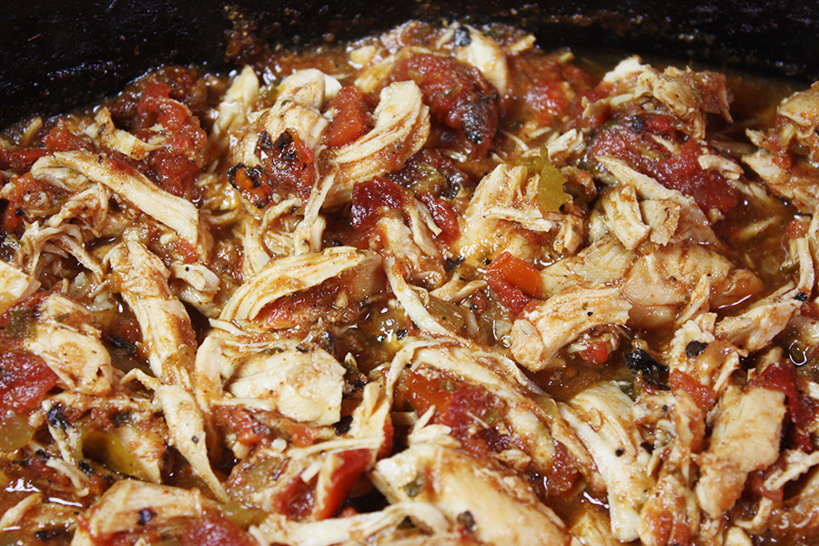 Slow Cooker Mexican Chicken - Super easy and so full of fabulous flavor. Great for tacos, burritos, nachos, etc.