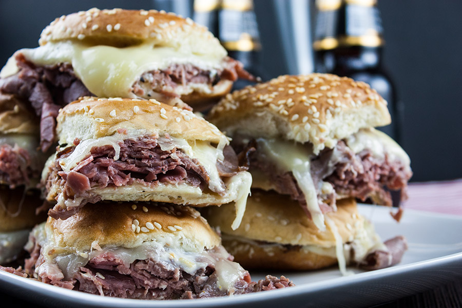 Roast Beef Sliders With Horseradish Sauce Don T Sweat