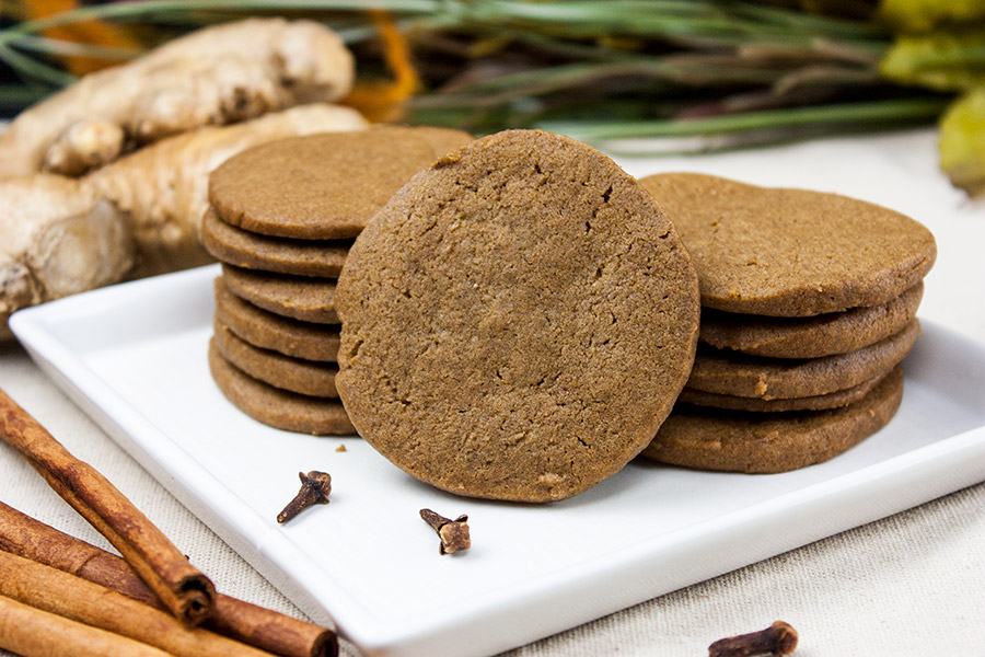 gingersnap cookie on white plate