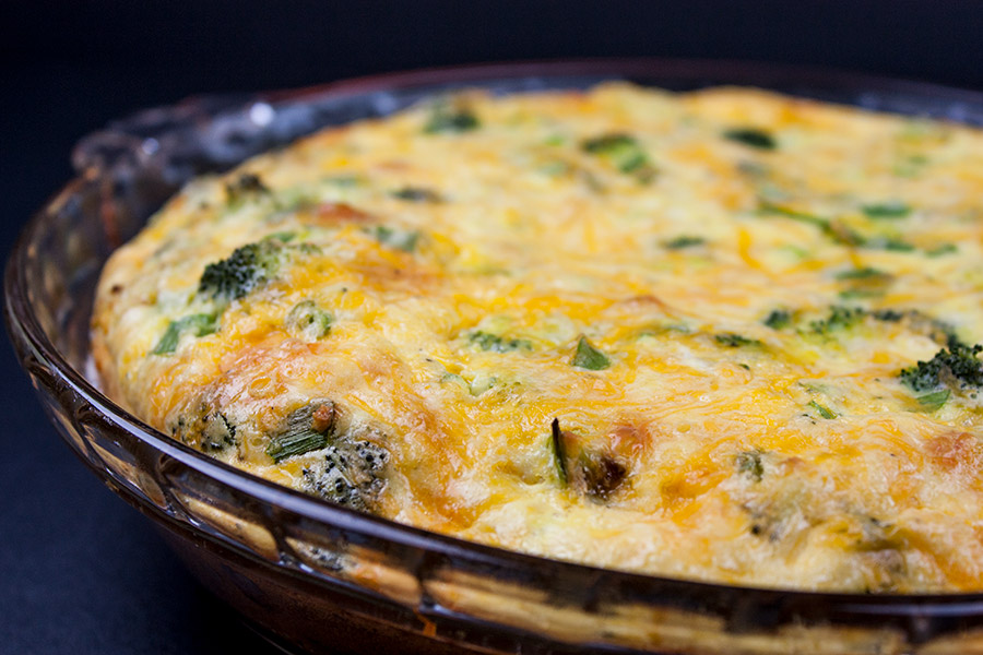bake crustless broccoli and cheddar quiche in glass pie dish