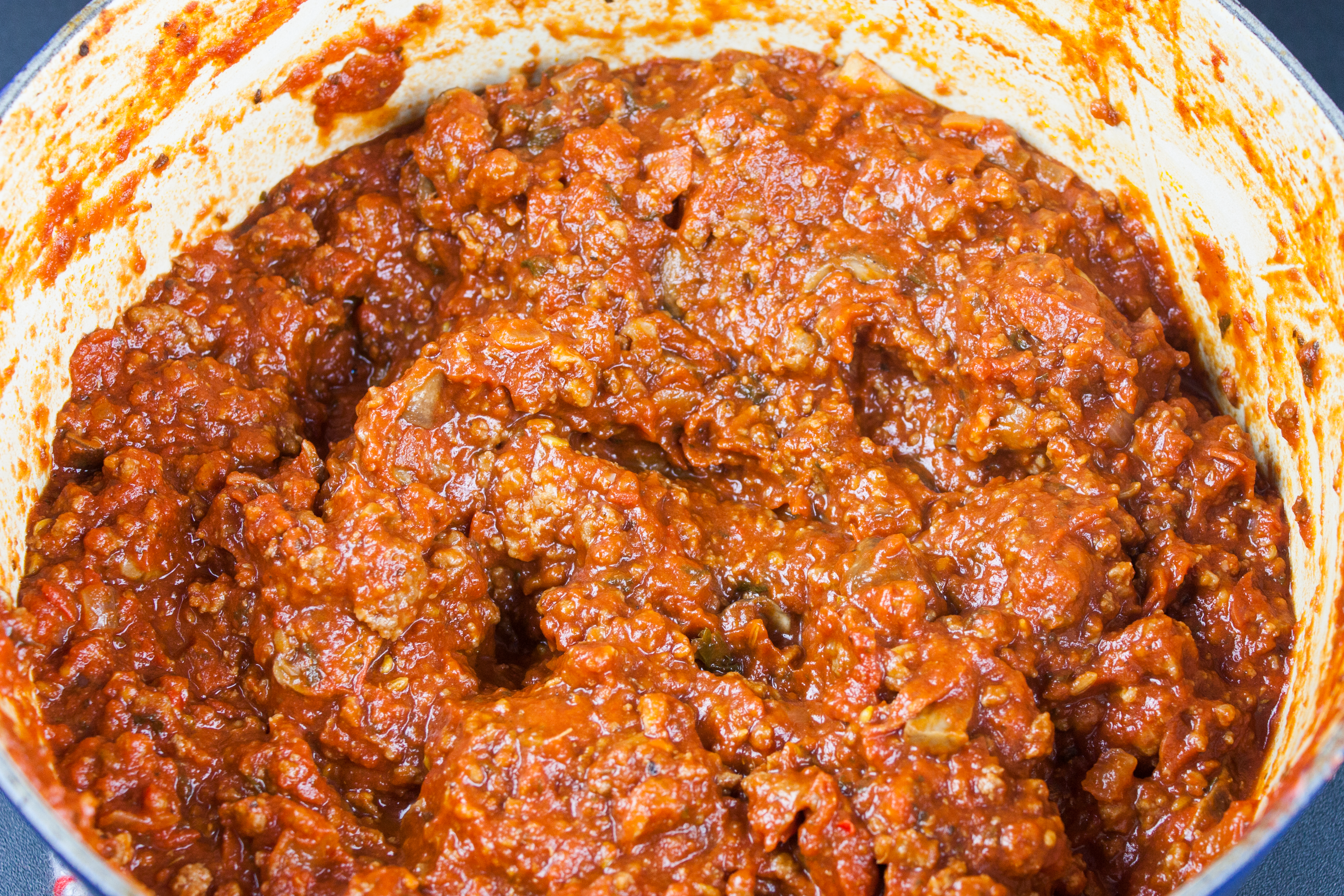 bolognese sauce in pot